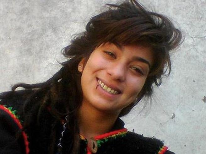 Stuprata torturata e uccisa a 16 anni: l'omicidio di Lucia scuote l'Argentina