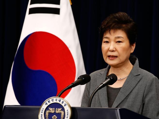 Rischio impeachment,la presidentessa  (tradita dall'amica) pronta a lasciare